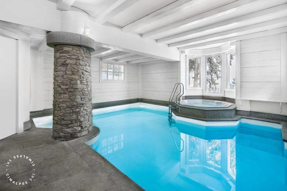 Chalet White Dream Courchevel piscine
